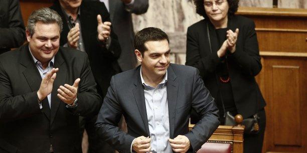 Alexis Tsipras a haussé le ton mardi vis-à-vis du ministre allemand des Finances Wolfgang Schaüble, à la veille d'une réunion .cruciale des dirigeants de la zone euro.