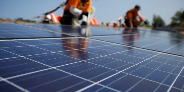 D'ici à 2030, le secteur de l'énergie solaire, notamment, pourrait employer autant de personnes que l'industrie du charbon aujourd'hui, plus de 9,5 millions, estime Greenpeace.