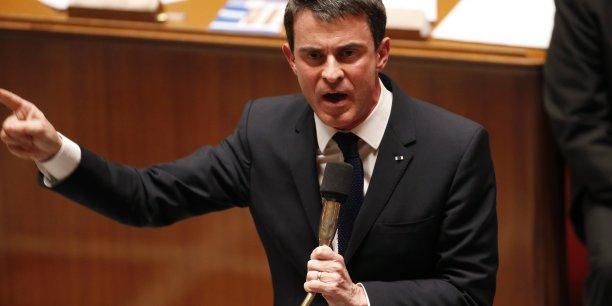 Manuel Valls exige que sa majorité adopte la loi Macron.