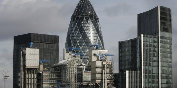 Le Brexit cristallise les doutes autour de l'immobilier de bureaux britannique.