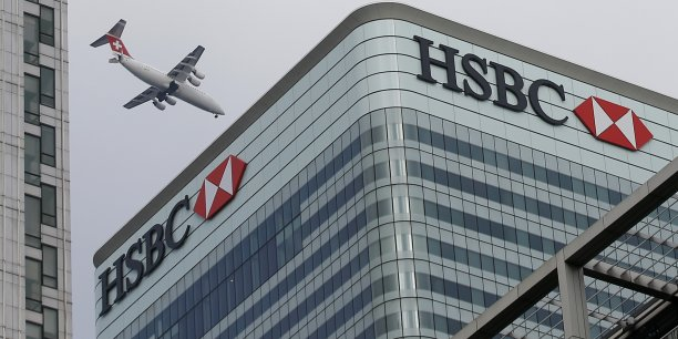 À la suite de ces données, le titre HSBC plongeait vers 09h20 GMT de 4,15% à 580,1 pence, alors que Bourse de Londres s'affichait en hausse (+1,54%).