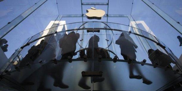 Apple condamne a une amende de 533 millions de dollars[reuters.com]