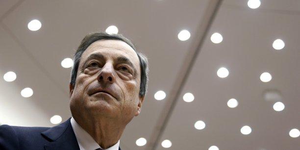 Sur l'inflation, Mario Draghi attend dorénavant une stagnation des prix cette année, contre une précédente estimation de +0,7%