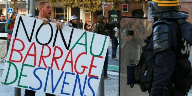Le projet de barrage de Sivens a fait l'objet de nombreuses manifestations d'opposants.