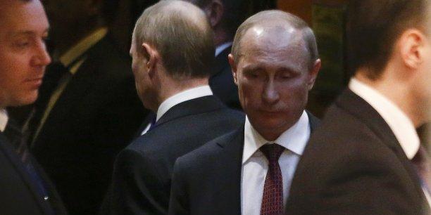 En avril 2014, un décret du Kremlin avait triplé le salaire de M. Poutine, qui revendique un mode de vie ascétique et était en 2013 moins bien payé que ses ministres.