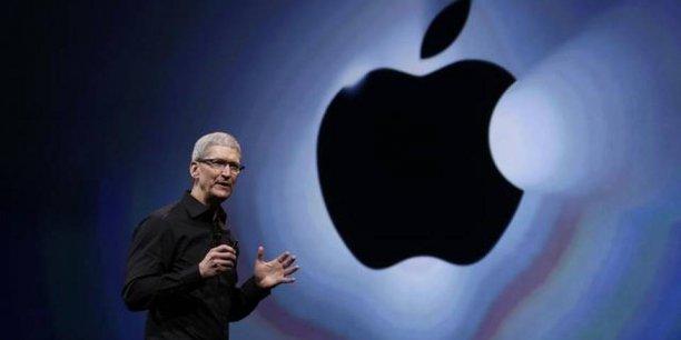 Tim Cook, le PDG d'Apple, a effectué une visite de quatre jours en Inde pour se rapprocher des dirigeants et faciliter les ventes d'iPhones dans le sous-continent, qui devrait doubler la Chine d'ici à 2017.