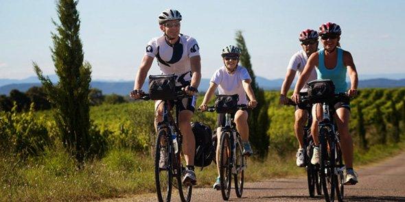 L'organisateur de séjour à vélo en France a été distingué aux Etats-Unis comme meilleur tour-opérateur US par Atout France.