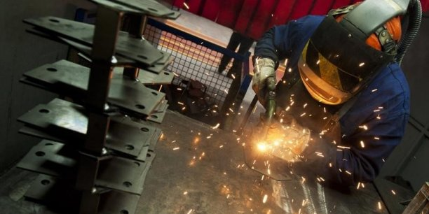 Les prévisions favorables dans l'activité industrielle aquitaine donnent à espérer une amélioration durable de l'emploi