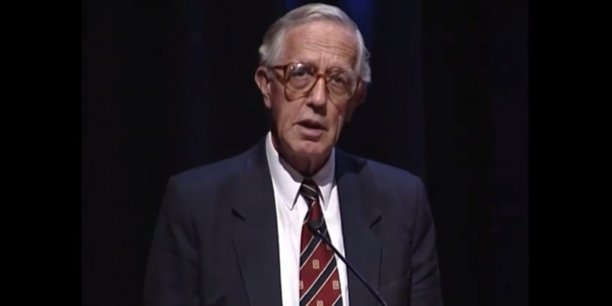 Edmond Malinvaud à HEC Paris en novembre 1995 lors de sa nomination en tant que Professeur Honoris Causa.