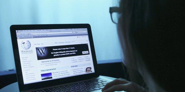 Wikipedia a publié une tribune dans le New-York Times expliquant les raisons de sa plainte.