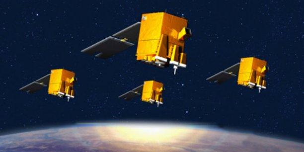 Les satellites Elisa ont contribué à la préparation du programme CERES pour fournir à la Défense la capacité de localiser et caractériser les radars au sol depuis l'espace