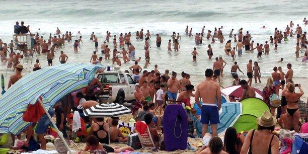 Sur les 2,77 milliards de richesse dégagée par le tourisme néo-aquitain (soit 3,2 % de la richesse totale de la région), 40 % proviennent des communes du littoral.