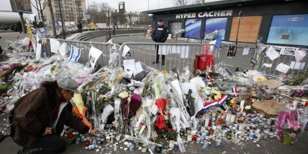 Le 8 janvier, Amédy Coulibaly a tué une policière municipale à Montrouge (Hauts-de-Seine), avant d'assassiner le lendemain quatre hommes juifs - trois clients et un employé - de l'Hyper Cacher de la porte de Vincennes.