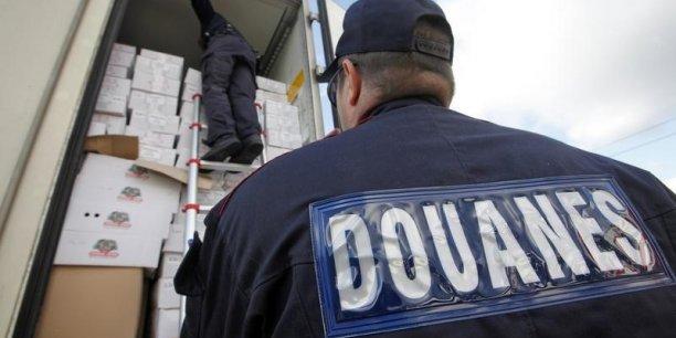 En 2015, les agents des Douanes ont saisi 8 millions d'articles contrefaits.
