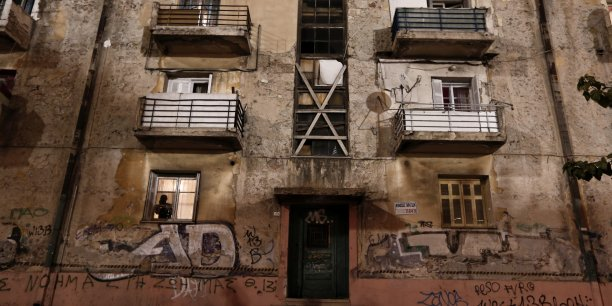 Dans l'étude le FMI, qui refuse pourtant d'abandonner la voie de l'austérité vis-à-vis de la Grèce, prône un accroissement des investissements dans l'éducation et la santé.