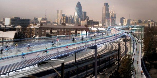 Skycycle, c'est 220 km de pistes construites au-dessus du réseau ferroviaire suburbain, au cœur de Londres.