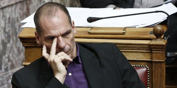 Lors d'un de ses discours, en 2013, s'exprimant alors en tant qu'économiste, Yanis Varoufakis parlait de faire un doigt à l'Allemagne. Mais il n'avait jamais joint le geste à la parole.