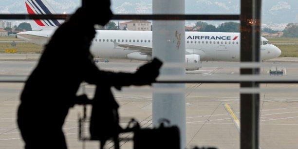 Dans une lettre adressée au Ministre des Finances, Air France réclame un moratoire sur la taxe Chirac qui finance le fonds UNITAID depuis 2006.