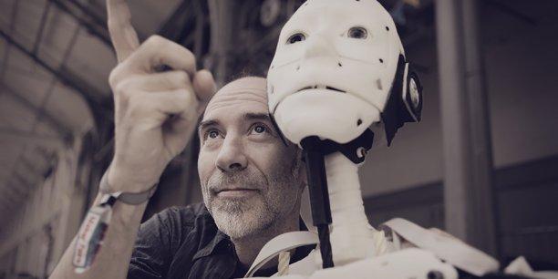 Le premier robot à taille humaine en Open Source entièrement imprimé en 3D devrait être la star de la Maker Faire parisienne.