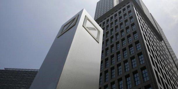 Deutsche Bank va supprimer quelque 200 agences sur les 730 qu'elle détient actuellement.
