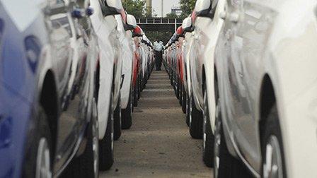 Les immatriculations automobiles sont toujours en hausse en France.