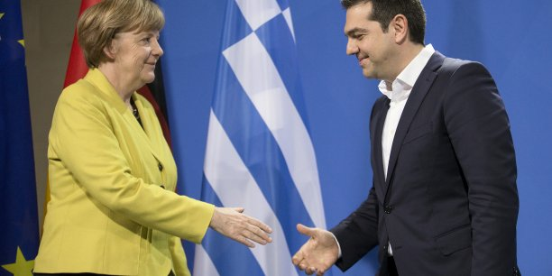 Alexis Tsipras s'avère un redoutable adversaire pour Angela Merkel