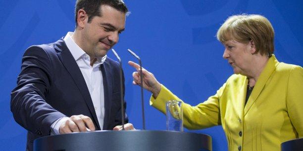 Angela Merkel et Alexis Tsipras ont voulu détendre l'atmosphère lundi, mais sans avancer sur les dossiers.