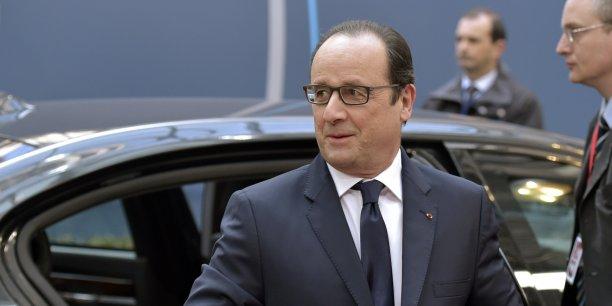 Grâce à ces bons chiffres, Paris vise un déficit public moins élevé qu'attendu en 2015, avec 3,8%.