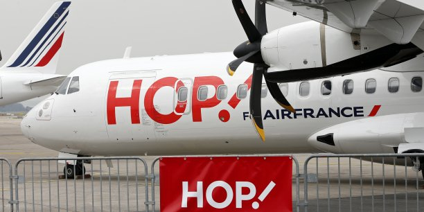 Cette offre s'intègre dans une nouvelle segmentation de l'activité court et moyen-courrier décidée l'an dernier, avec Transavia, la filiale low-cost focalisée sur la clientèle loisirs et Air France pour alimenter le hub de Roissy.
