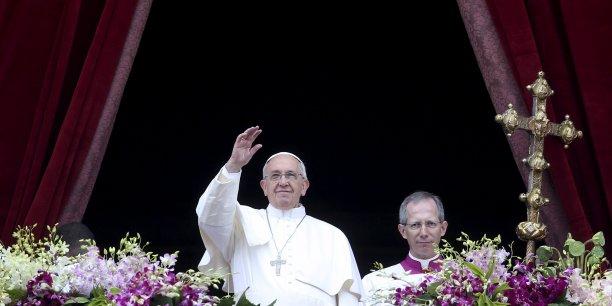Le lieu commun selon lequel la crise de la famille traditionnelle serait une conséquence de l'émancipation féminine est une injure selon le pape François, de son vrai nom Jorge Mario Bergoglio.