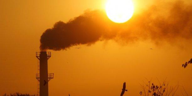 Les dirigeants de Royal Dutch Shell, BP, BG Group, Total, Statoil et Eni auraient déclaré avoir en commun des intérêts et des devoirs qui les pousseraient à créer et mettre en place un système de tarification carbone réaliste.