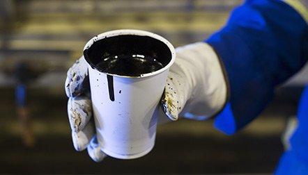 Le bras énergétique de l'OCDE table désormais sur une demande de 94,5 millions de barils par jour (mbj) cette année, soit une augmentation de 1,8 mbj sur un an, la plus forte en cinq ans, alimentée notamment par la faiblesse des prix.