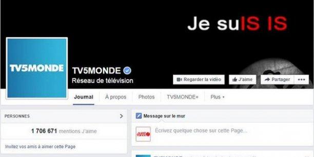 Des documents présentés comme des pièces d'identité et des CV de proches de militaires français impliqués dans les opérations contre l'EI ont été postés sur le compte Facebook de TV5Monde.
