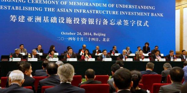 Une cinquantaine d'Etats se sont portés candidats pour rejoindre la nouvelle banque de développement initiée par la Chine, dont Taïwan. Le succès de ce projet a pris de court les Etats-Unis qui avaient bataillé contre cette nouvelle institution.