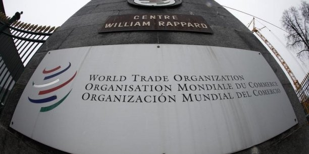Les économistes de l'OMC mentionnent aussi des coûts imprévus de la crise migratoire en Europe.