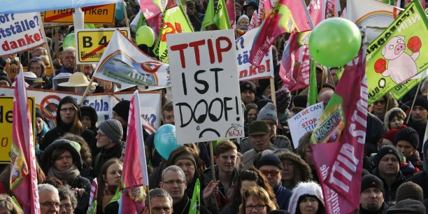 Manifestation anti-TTIP à Berlin en mars 2015