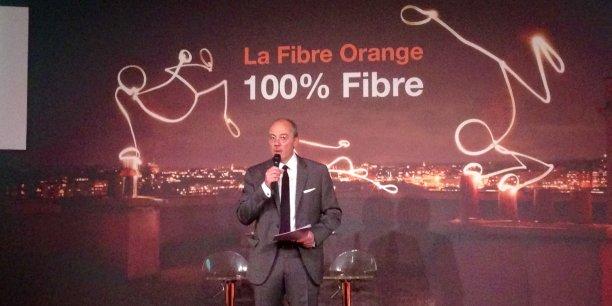 Stéphane Richard, le PDG d'Orange, dévoilant mercredi les nouvelles ambitions de l'opérateur dans le très haut débit.