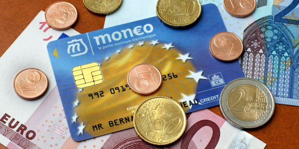 Toutefois, il reste à Moneo son activité dans la restauration avec Moneo Resto. Il annonce 45.000 porteurs de cartes à puces dotées de ce service et se revendique numéro des cartes titres-restaurant.