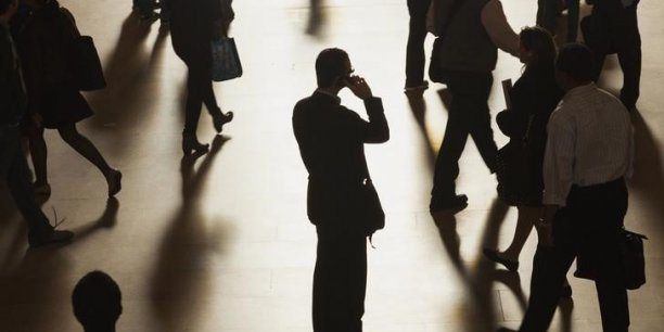La demande en commercial et marketing (28% des offres) a baissé de 5% en mai, portant à 11% la hausse du cumul des offres sur un an.