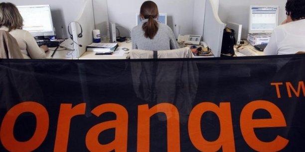 Orange est encore très dominant sur le marché des télécoms d'entreprise, avec 63% des parts de marché, devant SFR business team (21%), Bouygues Telecom (6%), Completel, filiale de Numericable, avec 4%, l'opérateur britannique Colt (3%) et 3% pour le reste.
