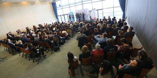 Une centaine de personnes ont assisté ce mardi 28 avril à la conférence sur le palmarès des entreprises.