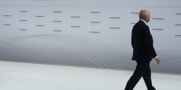 Ferdinand Piëch avait démissionné de la présidence de Volkswagen à la suite d'un conflit avec l'ex-président du directoire Martin Winterkorn en avril 2015