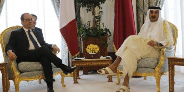 François Hollande et l'Emir du Qatar Sheikh Tamim bin Hamad Al-Thani à Doha début mai.