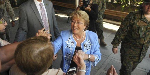 Michelle Bachelet, la présidente chilienne, a confié sa douleur en tant que mère et présidente après un scandale visant son fils accusé de trafic d'influence au profit de son épouse.