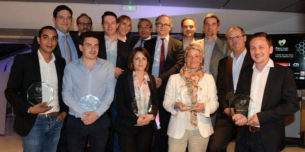 L'ensemble des lauréats de la 9eme édition du Prix de l'esprit d'entreprendre Acteurs de l'économie/La Tribune