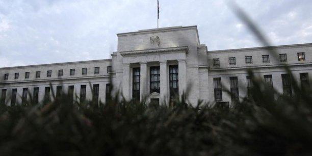Les investisseurs attendent un discours de la présidente de la Fed Janet Yellen vendredi, à l'affût du moindre indice leur permettant de préciser le calendrier qu'adoptera la banque centrale pour commencer à relever les taux pour la première fois depuis 2006.