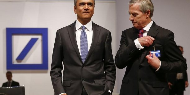 les deux patrons de Deutsche Bank, l'Indo-britannique Anshu Jain, 52 ans, et l'Allemand Jürgen Fitschen, 66 ans, ont annoncé par surprise leur démission.
