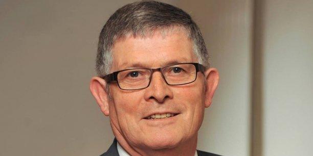 Pour Bernard Morvan, président de la Fédération nationale de l'Habillement: les futures commissions paritaires régionales ne sont pas utiles, il revient à la branche professionnelle  d'assurer le dialogue social