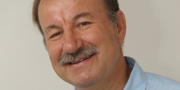 Yves Gassot,est directeur général de l'Idate, un des tout premiers centres européens  d'études et d'analyse des industries des télécommunications, de l'Internet et des médias. L'Idate est par ailleurs à l'origine du DigitWorld Summit.