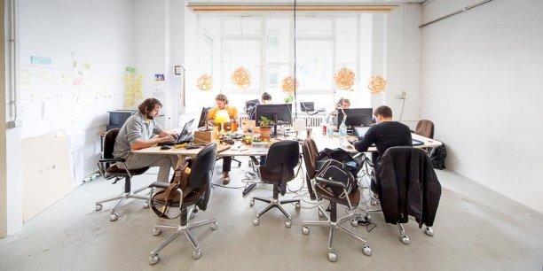 Copass est un réseau d'espaces indépendants, chacun ayant ses spécificités, ses originalités. Les abonnés peuvent travailler dans l'ensemble des espaces de coworking au réseau.